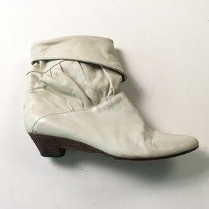 FRYE White Boots 9B 43394
